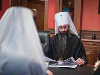 УПЦ передала более 2 млн гривен Антиохийской Церкви на восстановление храмов, пострадавших от взрывов