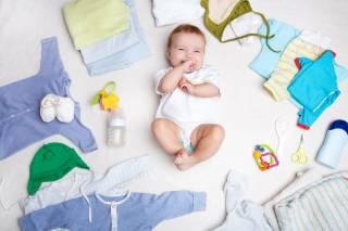 Что надеть новорожденному: список рекомендаций