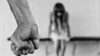 На Львовщине извращенец изнасиловал собственную дочь