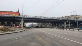 Спустя неделю после аварии на Шулявском мосту нет ни одного фонарного столба