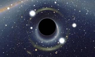 Однажды в далекой-далекой галактике: астрономы «потеряли» огромную черную дыру
