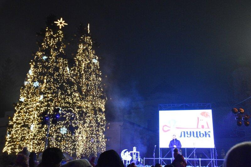 Новогодняя елка в Луцке