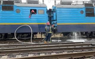 На Ровенщине во время движения загорелся поезд с сотнями пассажиров