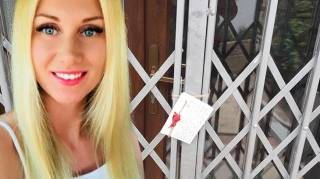 В элитном коттедже в Турции найдено тело молодой украинки в наручниках и с пакетом на голове