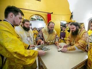 На Ровенщине освятили храм УПЦ, построенный вместо захваченного активистами ПЦУ