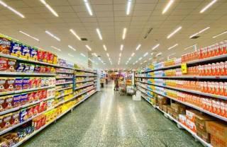 Запасайтесь лампочками и батарейками: стало известно, какие товары скоро невозможно будет купить