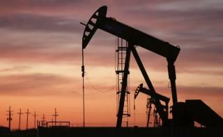 Нефтяные фьючерсы выросли в цене