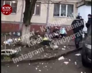В Киеве на Жулянах женщина выбросила 3-летнего ребенка с 8 этажа