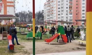 В Виннице на территории детсада взорвался неизвестный прыгающий предмет