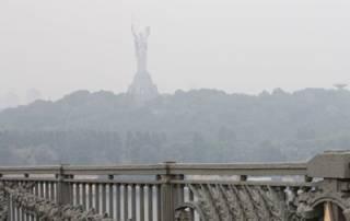 Из-за погодных условий в Киеве стремительно портится воздух