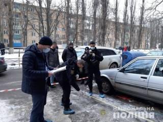 Мужчина, обмотанный кишками, разгуливал по Одессе с человеческой головой в руках