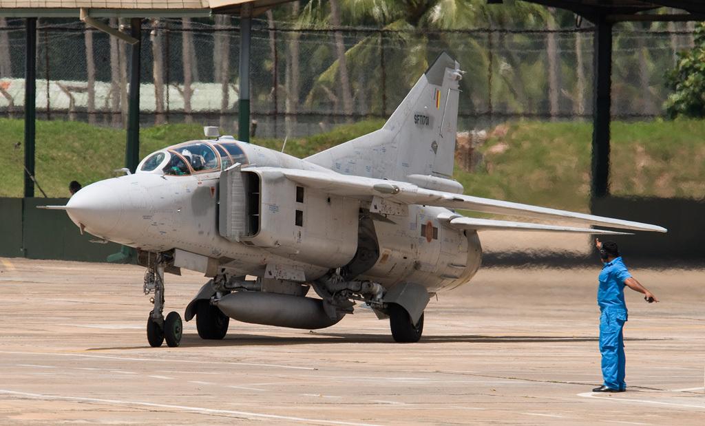 МиГ-23УБ ВВС Шри-Ланки