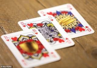 Студентка из Нидерландов решила избавить колоду карт от валетов, дам и королей