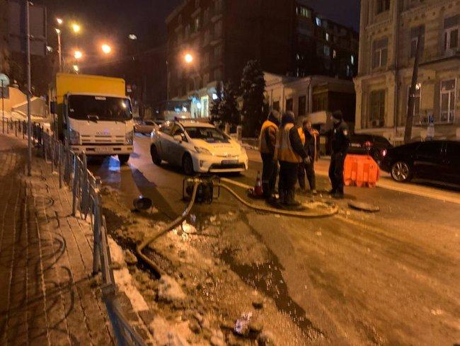 Масштабное ДТП в центре Киева с участием 6 автомобилей