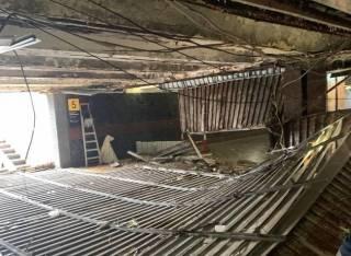 Под Майданом Незалежности обвалился потолок