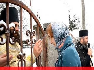 На Закарпатье община УПЦ предложила активистам ПЦУ мирное решение конфликта вокруг храма