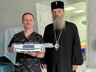 В Запорожье УПЦ передала детской больнице медицинское оборудование стоимостью 157 тыс грн