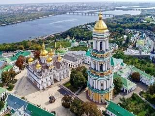 В УПЦ прокомментировали заявления Корчинского отобрать Киево-Печерскую лавру