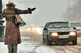 Киевские таксисты решили набить карманы благодаря непогоде