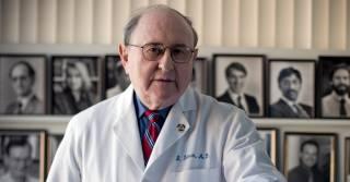 Умер кардиолог, изобретение которого спасло несчетное число жизней
