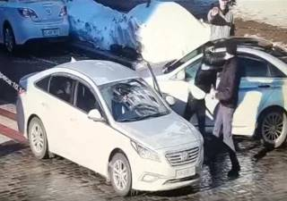 В Киеве водитель двумя ударами убил пешехода, которого не пропустил на переходе
