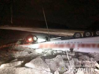 В Черниговской области грузовик утонул в Десне