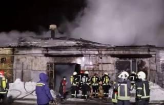 Опубликовано видео большого пожара в Киеве