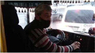 В Киеве водитель маршрутки со скандалом отказался везти детей-льготников