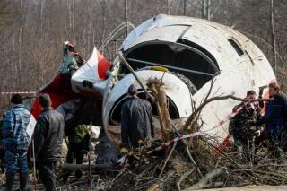 Появились новые детали крушения президентского борта под Смоленском. Самолет Качинського был взорван