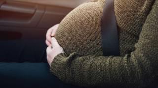На Волыни женщина родила за рулем автомобиля, не успев доехать в больницу