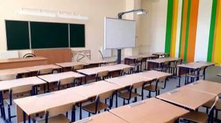 «Кормить свиней не собираюсь...» В криворожской школе разгорелся скандал из-за переписки в родительском чате