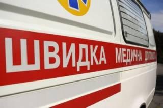 В Ровно подвыпивший мужчина уронил 9-месячного ребенка на плитку, сломав ему череп