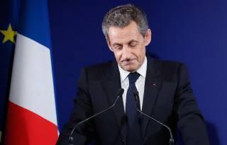 Во Франции бывшего президента на год посадили в тюрьму