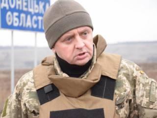 Российские военные на учениях отработали взятие под контроль Украины, - Виктор Муженко