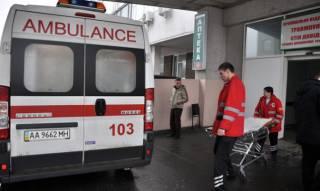 В Киеве еще одна девушка выбросилась из окна. Спасти ее не удалось