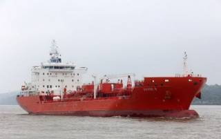 У берегов Бенина пираты напали на танкер с украинцами на борту, похитив 15 человек