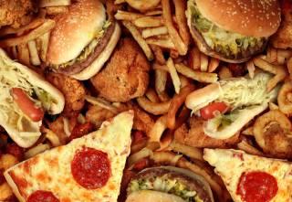 Ученые поведали, как снизить вред от жирной пищи