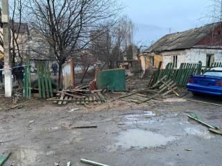 Мощный взрыв оставил без света и забора целую улицу в Боярке