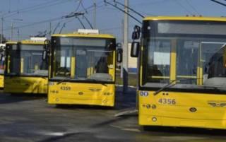 В Киеве могут ввести спецпропуска для транспорта