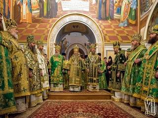 Тысячи верующих УПЦ отметили Собор всех преподобных отцев Киево-Печерских