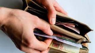 За год украинцы потратили больше, чем заработали