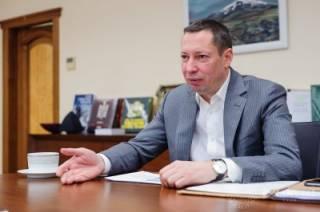 Глава НБУ Кирилл Шевченко тратит миллионы на технику для Нацбанка, но заказывает ее у фигурантов уголовных дел