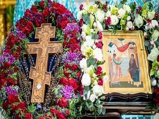 Православные сегодня празднуют Благовещение