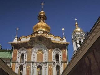 Из-за карантина закрыли Троицкую церковь и колокольню Успенского собора Киево-Печерской лавры