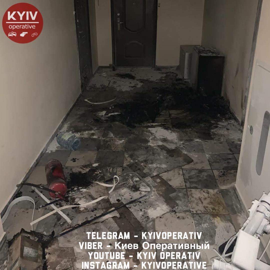 Бывший глава комиссии по вопросам семьи, молодежи и спорта Виталий Даниленко пытался поджечь квартиру жены
