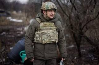 Зеленский уехал на передовую, чтобы «поддержать боевой дух защитников»