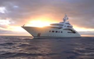 Соратник Порошенко выбыл из рейтинга миллиардеров и теперь вынужден распродавать шикарные яхты