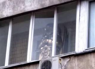 На одном из киевских балконов заметили кое-что действительно очень странное