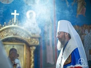 Митрополит Антоний рассказал о современном грехе, отнимающем силы