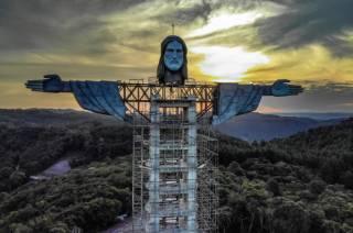 В Бразилии построят гигантскую статую Иисуса Христа